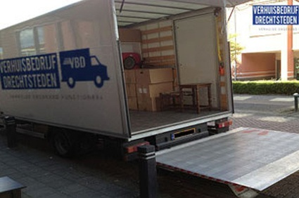 Verhuisbedrijf Amsterdam vrachtwagen